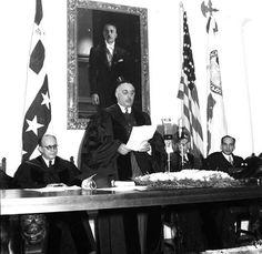 Honoris Causa, discurso de aceptacion doctorado del Generalisimo Trujillo A su derecha Dr Virgilio Diaz y a su izquierdad el General Hector B Trujillo Universidad Santo Domingo 1939.