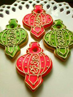 Christmas Lantern Ornament Sugar Cookies