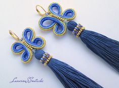 Long Soutache Tassel Earrings Fan tassel earrings Oscar earrings Soutache embroidery earrings Soutache orecchini Dangle tassels earrings gift for her Long tassel earrings made in soutache embroidery technique. Earrings are made from good quality soutache cord, beads, rhinestones Long Tassel Earrings, Tassel Necklace, Soutache Tutorial, Soutache Necklace, Quilling Jewelry, Craft Accessories, Butterfly Earrings, Earrings Handmade, Tassels