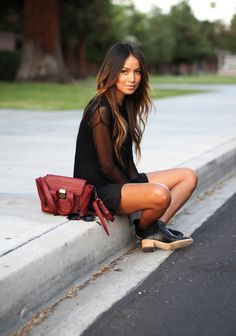 Everyday Spring Outfits To Copy Right Now Discover the latest fashion trends from the most fashion forward women around the world. Love Fashion, Fashion Beauty, Womens Fashion, Dress Fashion, Latest Fashion, Fashion Trends, Sincerely Jules, Mein Style, Look At You