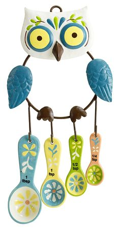 Cute owl measuring spoon set..need to buy for our new owl kitchen