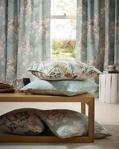 A lovely collection of hand drawn floral prints in muted colours for a fresh summery look all the year round. Country House Interior, Country Homes, Drapery Fabric, Curtains, Muted Colors, Cottage Homes, Upholstery, How To Draw Hands, Floral Prints