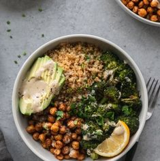 These Crispy Quinoa Chickpea Bowls with Roasted Broccoli and Meyer Lemon Tahini Sauce are a hearty, wholesome meal that are perfect to make for meal prep! The quinoa gets crisped up in a pan which makes for such incredible texture, and the chickpeas are roasted with harissa seasoning until crispy! The tahini sauce is absolutely delicious, citrusy, and slightly sweet - such a perfect bowl of healthy goodness! #quinoa #chickpea #vegan #buddhabowl #healthyrecipe #vegetarian #meyerlemon #... Crispy Quinoa, Crispy Chickpeas, Lemon Tahini Sauce, Lemon Pasta, Roasted Beets, Broccoli, Healthy Recipes, Veggie Recipes, Recipes