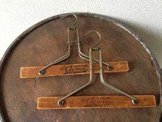 アメリカ製アンティークボトムハンガー2本セットビンテージ Antique wood hanger ¥1円 〆03月24日