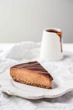 Chocolate Fudge Vegan Cheesecake | Vegan Desserts