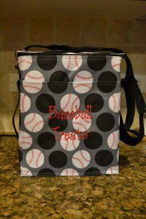 Picnic Thermal Tote in Paparazzi Dot. Use a red Sharpie to make Baseballs! www.mythirtyone.com/angela31fun
