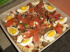 Cinco sentidos na cozinha: Salada fria de massa com salmão fumado, ovo e queijo fresco