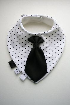 Baby dribble bib removable tie / bow tie, nice baby shower, baptism / christening gift boy, infant, toddler – Babydusche World Baby Boy Bow Tie, Baby Bibs, Bibs For Babies, Diy Baby Gifts, Baby Crafts, Christening Gifts For Boys, Baby Baptism, Boy Christening, Diy Bebe