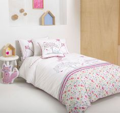 Choose from a great range of Childrens Bedding Sets. Including Single Duvet Covers, Single Beds, and Little Home. Where To Buy Bedding, Bed Linen Design, Childrens Bedding Sets, Bed, Best Duvet Covers, Yellow Bedding Sets, Bedroom Diy, Bed Linens Luxury, White Linen Bedding