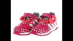 Adidas Disney M&M Cf I çocuk spor günlük ayakkabı modelleri http://www.vipcocuk.com/cocuk-spor-ayakkabi vipcocuk.com'da satılan tüm markalar/ürünler Orjinaldir ve adınıza faturalandırılmaktadır.   vipcocuk.com bir KORAYSPOR iştirakidir.