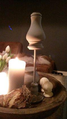 Houten sobere ornament gemaakt van een kast poot