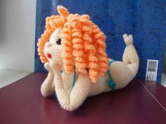 Mermaid pin-up!? Wow! Amazing but no pattern link :(