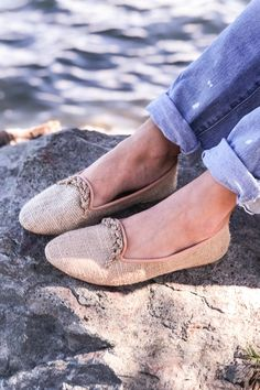 Description These hand-crafted leather / raffia loafers are the perfect summer shoe. The natural colour palette goes with all colours, and they are very comfort