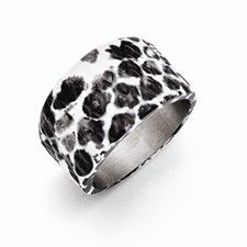 Chisel Stainless Steel Polished Black and White Textured Ring