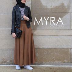 Hijab Fashion 2017 : Comment avoir un Hijab street style tendance Hijab Street style moderne – look 09 Hijab Fashion 2017, Modest Fashion Hijab, Modern Hijab Fashion, Street Hijab Fashion, Islamic Fashion, Muslim Fashion, Modest Outfits, Fashion Outfits, Dress Fashion