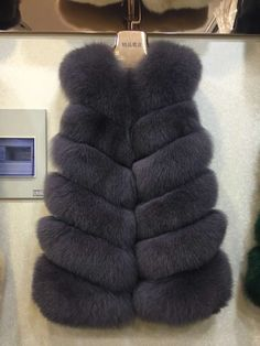 WomenS 100% Real Whole Fox Fur Vest Gilet Fashion Waistcoat Winter Jacket