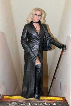 Long Leather Coat, Leather Mini Dress, Black Leather Gloves, Sexy Outfits, Crazy Outfits, Leder Outfits, Thigh High Boots Heels, Sexy Boots, Leather Fashion