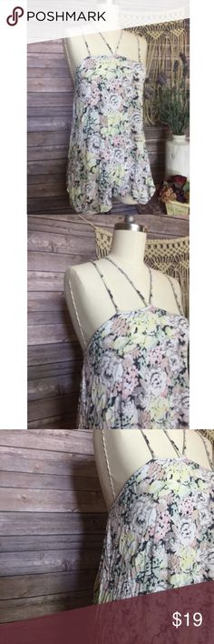 Kimchi Blue Romantic Floral Beach Halter Top ✿ bust is 18 inches laying flat  ✿ length is 27 inches  ◑ Excellent Condition  ◑ Smoke & Pet Free Home  ◑ Ships within one day of payment  ✿Thank you for looking &  feel free to check out my other items!✿ Urban Outfitters Tops