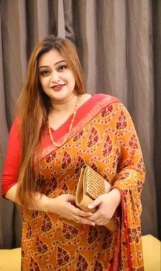 Indian Hair Color, Hair Color Shades, Indian Hairstyles, Beautiful Women, Saree, Actresses, Pure Products, Fashion, Female Actresses