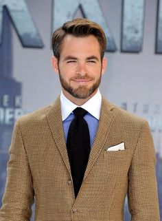 25 Pictures That Prove Pine Is the Hottest Chris in Hollywood