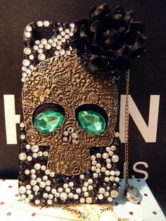 Unique Skull Rhinestone Handmade Case For Iphone 4/4s