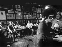 In 1970 the 116 year old bar McSorley's in NYC was ordered to admit women for the first time. The patrons were not happy.