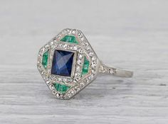 Art deco engagement ring, Deco jewelry, Art deco jewelry, Emerald ring vintage, Sapphire antique ring, Vintage art deco rings - Our favorite ring style! - #Artdeco #engagementring