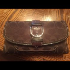 Coach Wallet Authentic Coach Wallet with Check book insert. This Wallet is in Excellent condition.. Barely used. Coach Bags Wallets