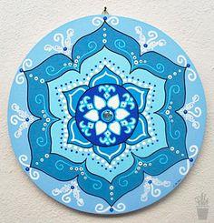 Mandala Blue em MDF pintado