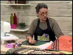 ▶ Toalha de mesa em Patchwork - Arte Brasil - YouTube Quilt Tutorials, Craft Videos, Fabric Crafts, Diy And Crafts, Patches, Youtube, Eliana, Patchwork Quilting, Junho