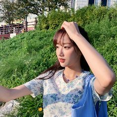 April Naeun 🖤💙💜 (@betterlee_0824) • Instagram photos and videos South Korean Girls, Korean Girl Groups, Uzzlang Girl, My Princess, Korean Singer, Girl Crushes, Kpop Girls, Asian Girl, Celebs