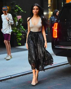 Madison Beer - Out in New York City, NY yesterday! #MadisonBeer (September 12th, 2016)