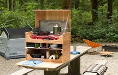 Feel organized with a chuck box camp kitchen. Use this do-it-yourself guide that will help the camp chef cook a delicious meal.