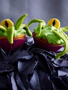 Die Halloween Party kann steigen! Wir haben die leckersten Halloween Rezepte: gruselige Muffins und beißende Cookies. 15 gespenstisch