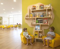Kindergarten in Israel Daycare Design, Classroom Design, Classroom Decor, Kindergarten Interior, Kindergarten Design, Decoration Creche, Kids Interior, Kids Cafe, Home Daycare