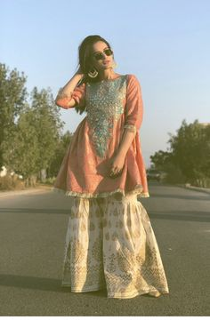 Aiman Khan Spotted in a Recent Wedding Event – Watch Pictures Pakistani Fashion Casual, Pakistani Dresses Casual, Pakistani Dress Design, Pakistani Wedding Dresses, Indian Dresses, Shadi Dresses, Wedding Hijab, Wedding Outfits, Bollywood Fashion
