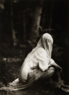 Veiled Woman, 1910 - Imogen Cunningham