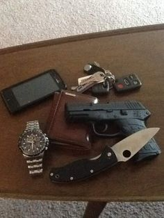 Very basic everyday carry.