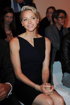 Charlene de Mónaco, una princesa que marca estilo en la pasarela de París