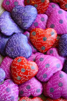 Our Hearts with Hearts fair trade heart rocks are sweet tokens of love. Hand carved in Kenya out of Kisii Stone, a soapstone found only in the Kisii region of Kenya. Dyed bright red, pink and purple a