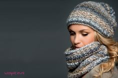 A free knitting pattern of a snood and hat! The best and easiest pattern for knitting a stylish snood scarf and matching hat with Lana Grossa Olympia. Häkelhauben Knitting pattern of a snood and hat Knit Cowl, Knitted Shawls, Knit Crochet, Crochet Hats, Knit Hats, Knitted Hat, Loom Knitting, Knitting Patterns Free, Free Knitting
