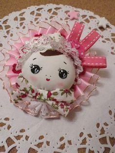 Mini Bunka Doll Head Brooch