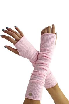 Simply a great pair of casual arm warmers for your everyday gear. Wear with today's sleeve jackets, short sleeve sweaters or dancewear. Arm warmer is inches from side to side, un-stretched. Lace Gloves, Fingerless Gloves, Striped Gloves, Hand Warmers, Refashion, Diy Fashion, Knit Crochet, Fashion Accessories, Knitting