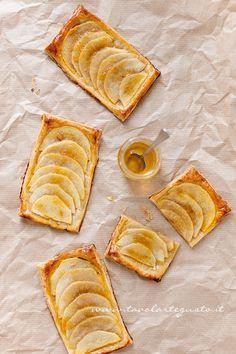 Sfogliatine di mele - Ricetta Sfogliatine di mele Tavolartegusto - Tavolartegusto.it