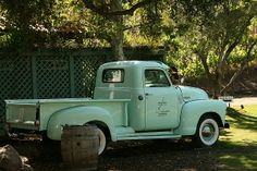 Seafoam green truck Vintage Pickup Trucks, Antique Trucks, Vintage Cars, Antique Cars, Farm Trucks, Gmc Trucks, Chevrolet Trucks, Chevy Pickups, Classic Trucks