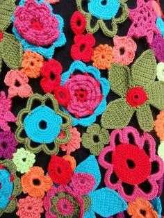 crocheted flower scarf 4