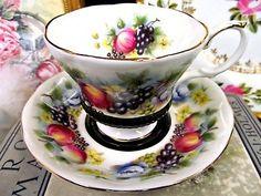 ROYAL ALBERT TEA CUP AND SAUCER COUNTRY FAYRE KENT BLACK & FRUITS ROSE TEACUP