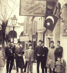 Genç osmanlı kenti erkek giyim (İstanbul - 1910)