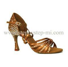 Sandalo superflex in raso bronzo decorato con strass aurora boreale,  suola in bufalo, tacco 80 #stepbystep  #ballo #salsa #tango #kizomba #bachata #scarpedaballo #danceshoes  #cute #design #fashion #shopping #shoppingonline #glamour #glam #picoftheday #shoe  #style  #instagood #instashoes  #sandals #sandali  #strass  #rhinestone #instaheels #stepbystepshoes #cute #bronzo #salsaon2