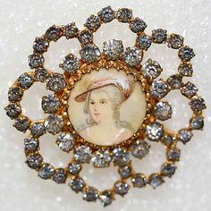 ¤ French Button Medium: ivory, rhinestones, metal From the Hanna S. Miniature Portraits, Button Art, Sewing A Button, Vintage Buttons, Metropolitan Museum, A Boutique, Vintage Sewing, Color Patterns, Couture